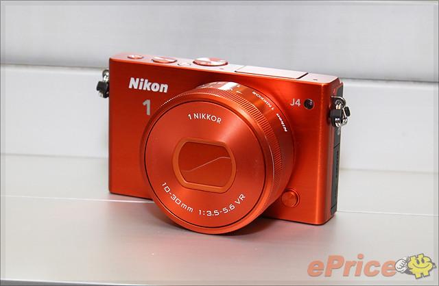機身更細、支援觸控、Wi-Fi Nikon 1 J4 實機試玩