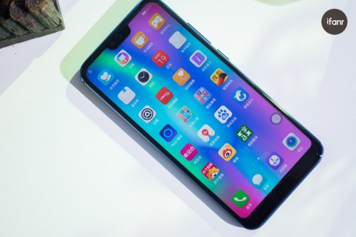 Honor 10 手機介紹 - ePrice.HK 流動版