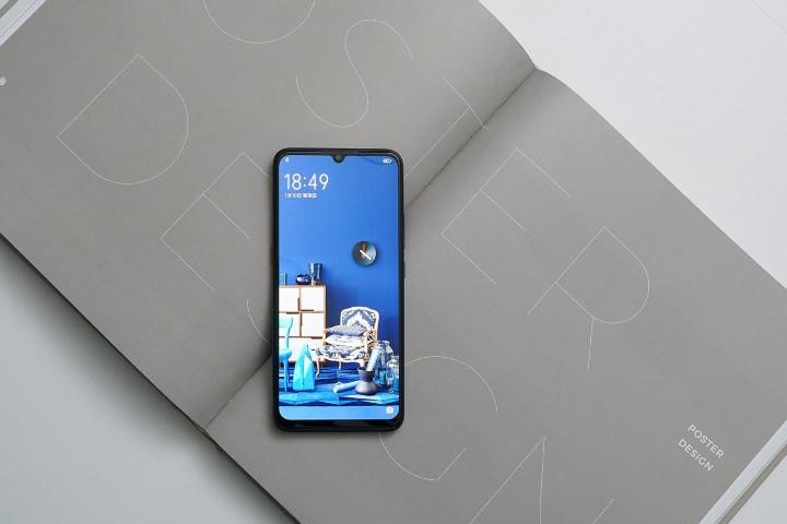 平價遊戲手機,iQOO Neo 搭高通 S845、售價台幣九千有找
