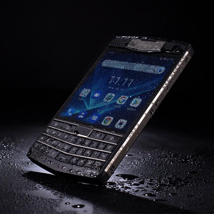 三防 + QWERTY 鍵盤!Unihertz Titan 向經典 BlackBerry 致敬 - 2