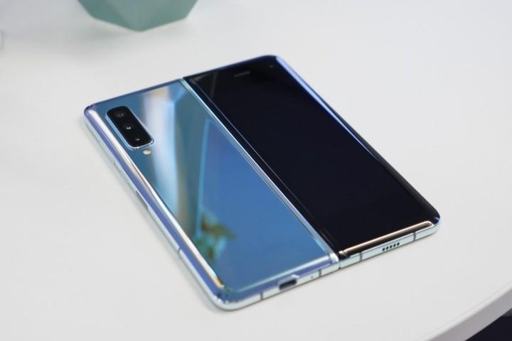 無法承受摺疊後對螢幕壓力,三星 Galaxy Fold 2 傳取消支援 S Pen - 2