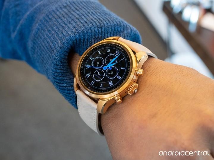 精品智慧錶小幅進化,Montblanc Summit 2+ 發表