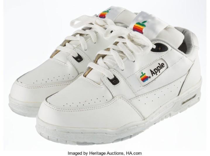 30 萬台幣高價賣出!Apple 竟然曾經推出過運動鞋