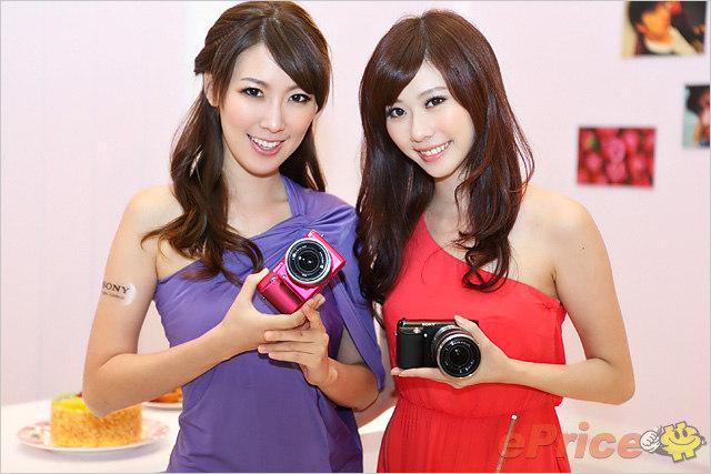 Sony NEX-F3 發佈會 Model 相片