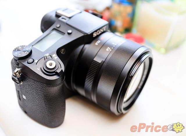 1吋感光元件、24-200mm F2.8恆定光圈 - Sony RX10 登場!! - 3