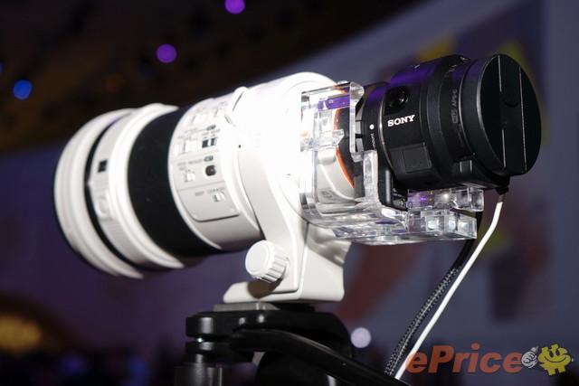 最強手機拍照配件!Sony QX1 正式發表 - 5